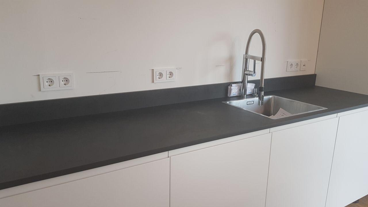 Full Size of Arbeitsplatten Granit Farben Küche Sideboard Mit Arbeitsplatte Granitplatten Wohnzimmer Granit Arbeitsplatte