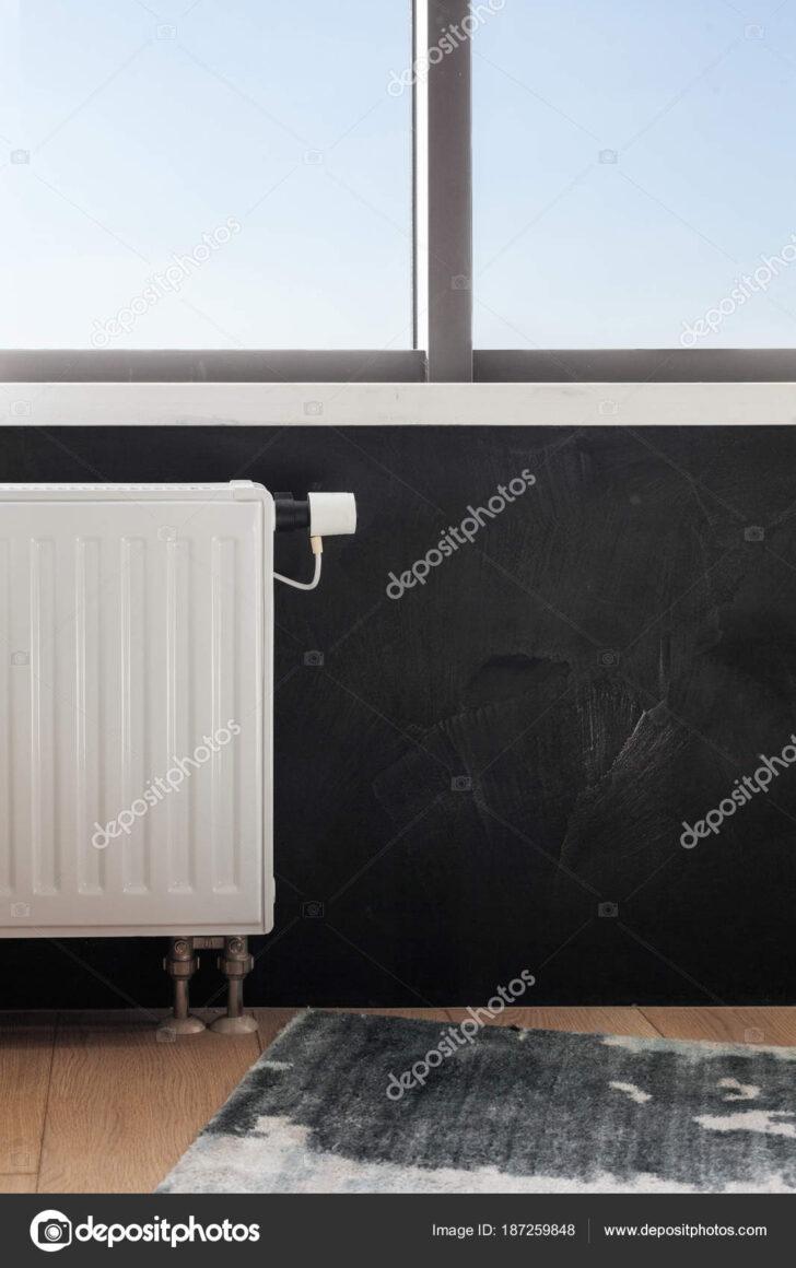Medium Size of Heating White Radiator With Adjuster Of Warming In Living Room Bilder Fürs Wohnzimmer Großes Bild Komplett Relaxliege Landhausstil Rollo Hängelampe Wohnzimmer Heizkörper Wohnzimmer Flach