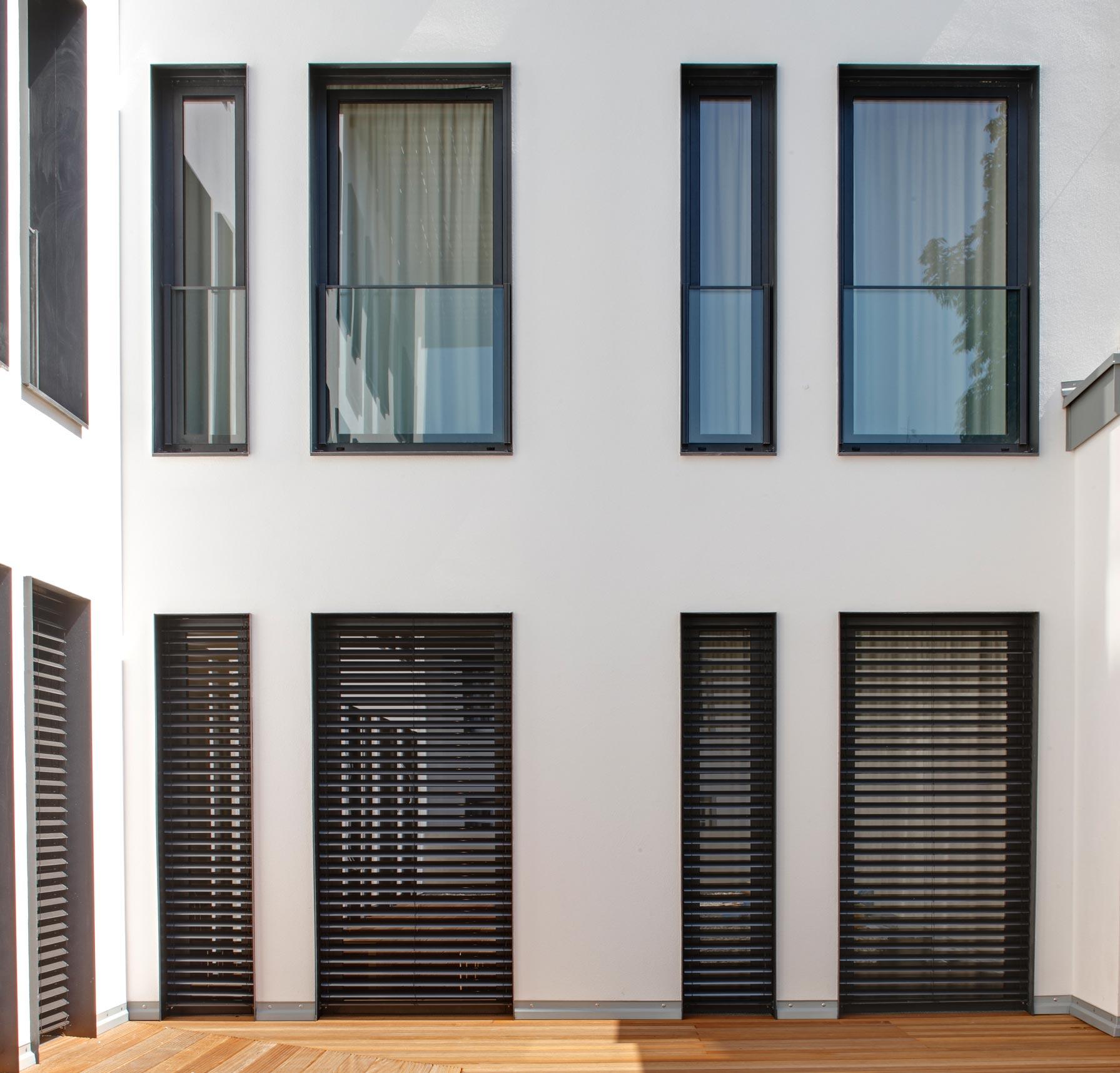 Full Size of Gebrauchte Holzfenster Mit Sprossen Fenster Bett Stauraum 160x200 Regal Schreibtisch 3 Sitzer Sofa Relaxfunktion Schlafzimmer überbau Bettkasten 90x200 Weiß Wohnzimmer Gebrauchte Holzfenster Mit Sprossen