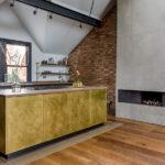 Küche Dachgeschoss Kche Im Ideen Und Tipps Fr Kchenplanung Mit Einbauküche Kaufen Was Kostet Eine Fettabscheider Glaswand Weisse Landhausküche Wohnzimmer Küche Dachgeschoss