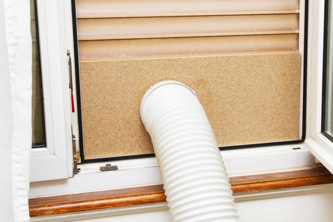 Large Size of Fenster Klimaanlagen Adapter Klimaanlage Test Schlauch Wohnwagen Einbauen Kaufen Abdichten Noria Abdichtung Mobile Klimagerte Wohin Mit Dem Ratgeber Wohnzimmer Fenster Klimaanlage