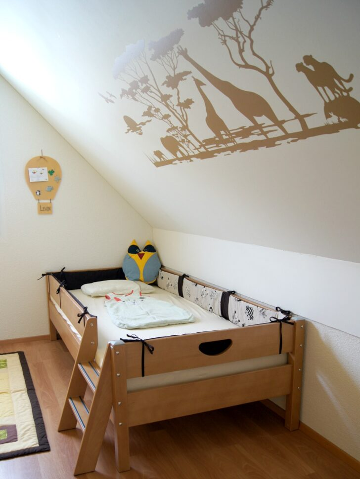Medium Size of Kinderbett Diy Ikea Kinderbetten Baldachin Haus Bauanleitung Hausbett Rausfallschutz Ideen Bett Anleitung Obi Wohnzimmer Kinderbett Diy