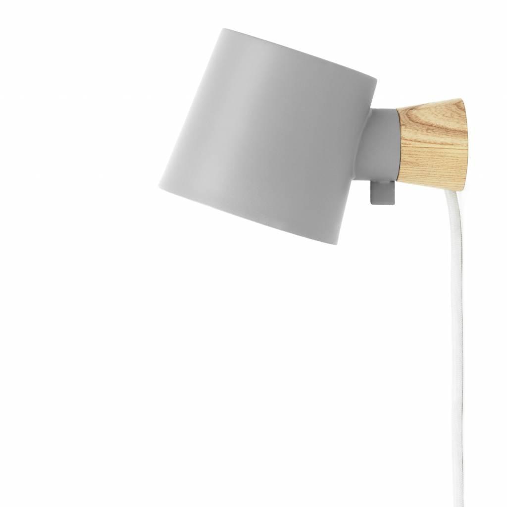 Full Size of Wandlampe Mit Schalter Holz Normann Copenhagen Rise Grau Stahl 17x10x9 Bett 90x200 Lattenrost Und Matratze Schubladen Weiß Regal Betten 140x200 Fenster Wohnzimmer Wandlampe Mit Schalter Holz