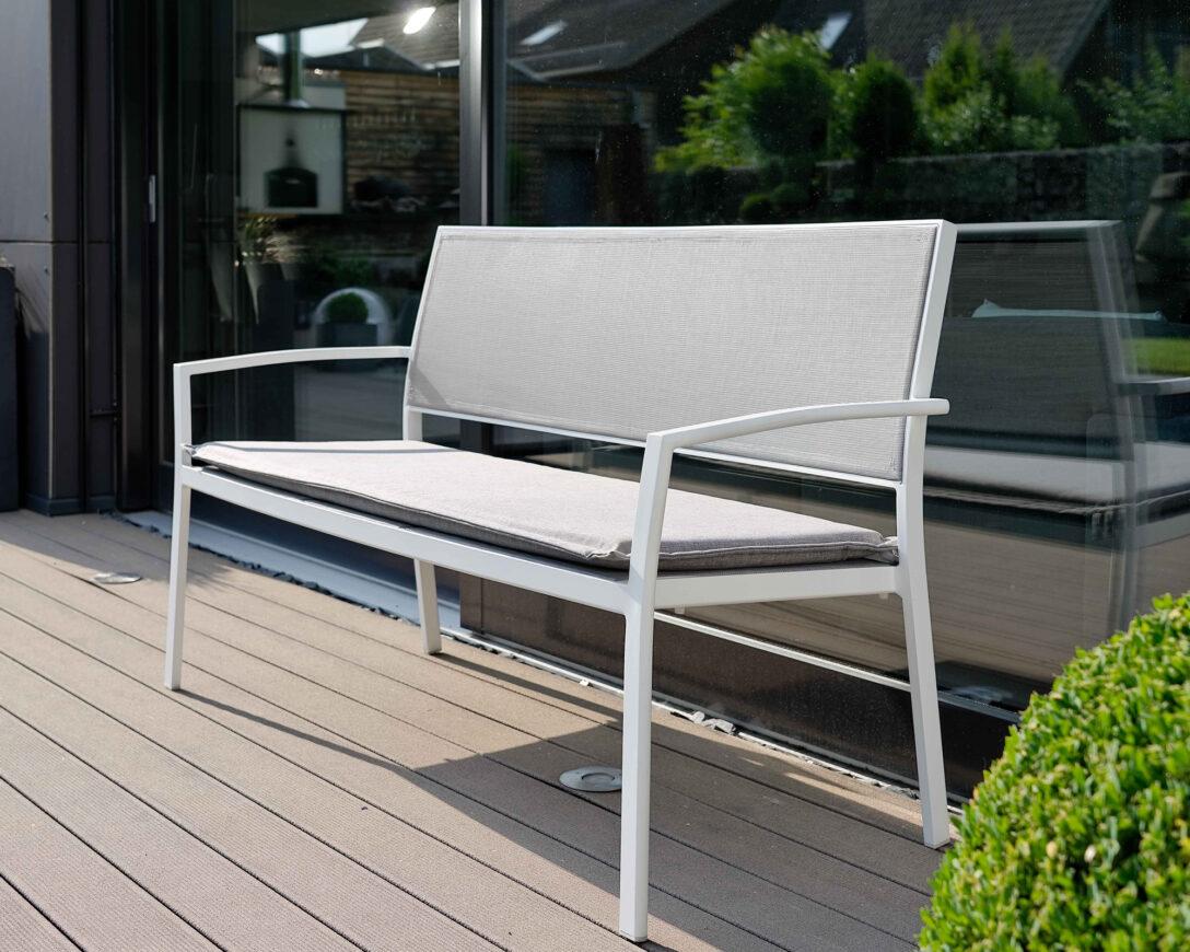 Large Size of Aldi Gartenbank Rattan Klappbar 2020 2017 2018 2019 Weiss Aluminium Relaxsessel Garten Wohnzimmer Aldi Gartenbank