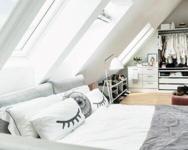 Dachgeschosswohnung Einrichten Wohnzimmer Dachgeschosswohnung Einrichten Beispiele Pinterest Wohnzimmer Tipps Bilder Schlafzimmer Ideen Kleine Ikea Küche Badezimmer
