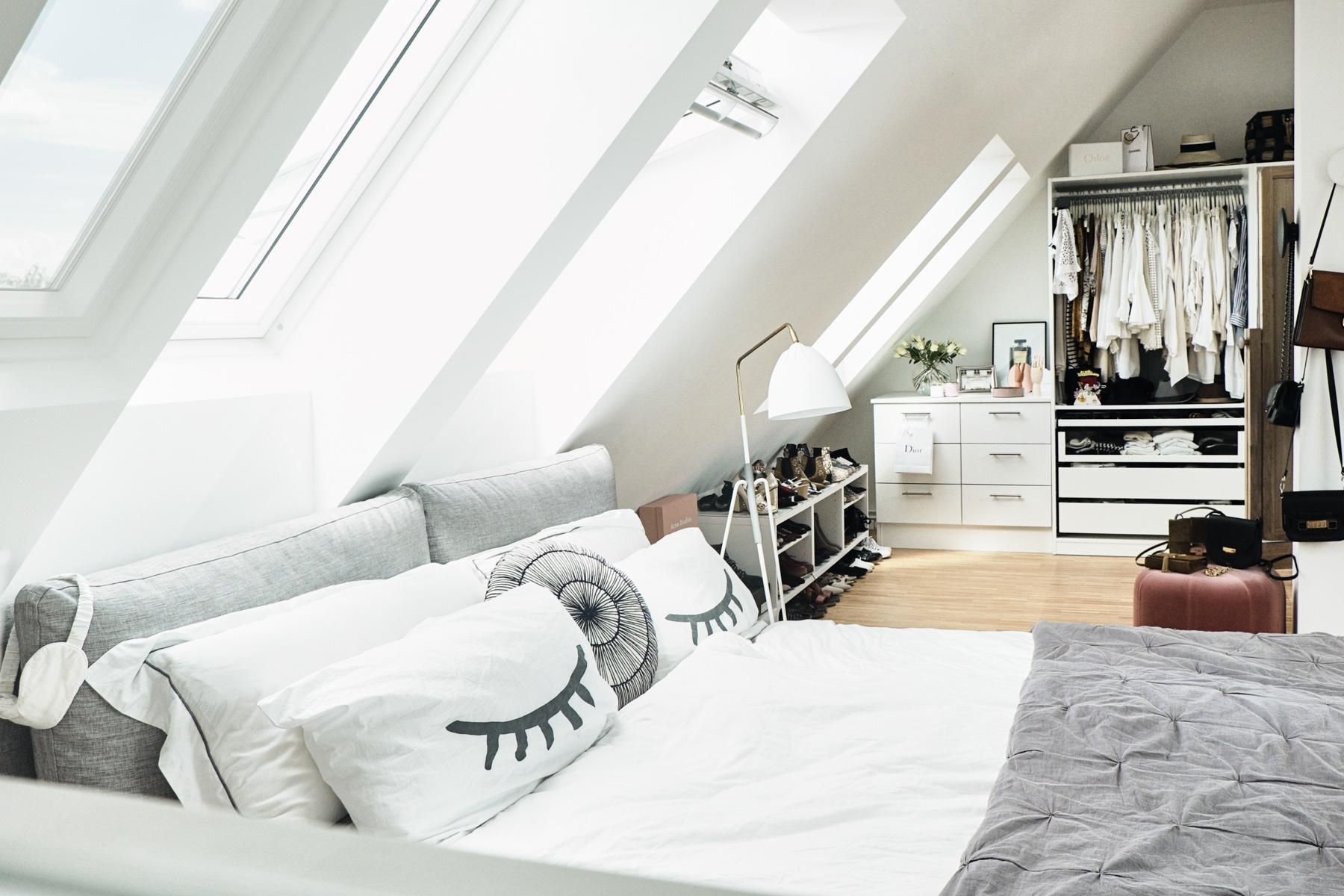 Full Size of Dachgeschosswohnung Einrichten Beispiele Pinterest Wohnzimmer Tipps Bilder Schlafzimmer Ideen Kleine Ikea Küche Badezimmer Wohnzimmer Dachgeschosswohnung Einrichten