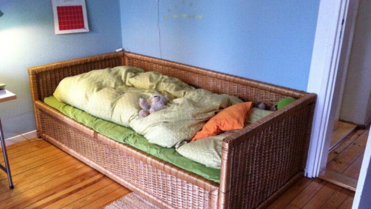 Medium Size of Rattanbett Ikea Einrichtung Das Gesellschaft Sddeutschede Modulküche Küche Kosten Sofa Mit Schlaffunktion Betten Bei Kaufen Miniküche 160x200 Wohnzimmer Rattanbett Ikea