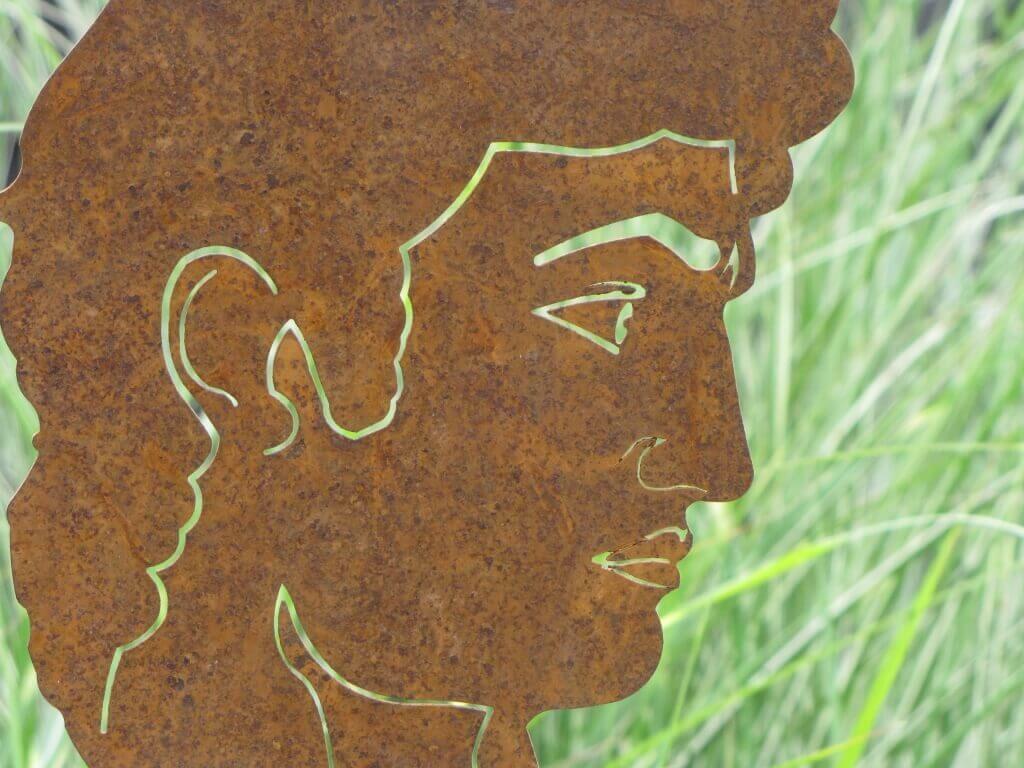 Full Size of Gartenskulpturen Kaufen Schweiz Edelrost Bste David Metall Rostskulptur Metallfigur Garten Pool Guenstig Schweizer Hof Bad Füssing Günstig Betten Sofa Wohnzimmer Gartenskulpturen Kaufen Schweiz