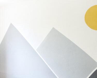 Wandgestaltung Kinderzimmer Jungen Wohnzimmer Wandgestaltung Kinderzimmer Jungen Ideen In Gelb Und Grau Bonny Kleid Regale Sofa Regal Weiß