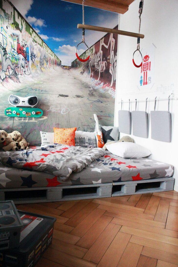 Medium Size of Zimmer Teenager Yves Room Fototapete Schlafzimmer Wohnzimmer Lampen Liege Betten Deckenleuchte Teppich Badezimmer Heizung Designer Neu Gestalten Tapeten Wohnzimmer Zimmer Teenager