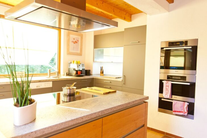 Medium Size of Küche Gebraucht Kaufen Ikea Sofa Günstig Ebay Einbauküche Sonoma Eiche Einrichten Grillplatte Modern Weiss Wanddeko Holzofen Landküche Selber Bauen Wohnzimmer Küche Gebraucht Kaufen