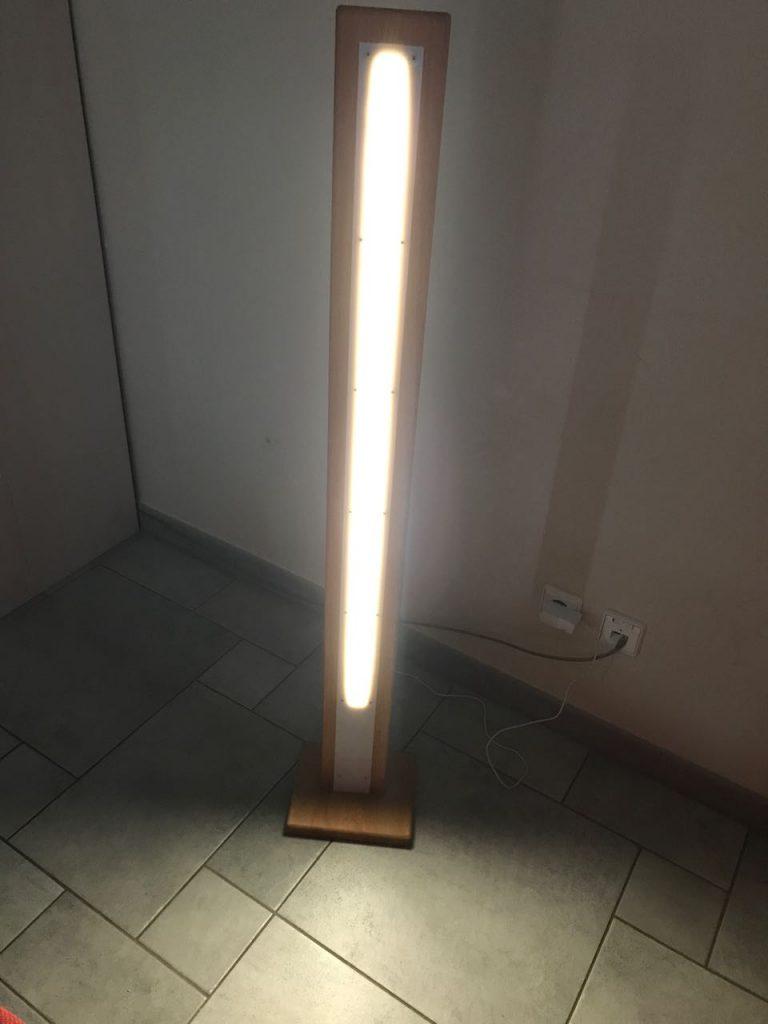 Full Size of Holz Led Lampe Selber Bauen Stehleuchte Ein Projektvideo Und Leim Deckenlampen Für Wohnzimmer Pool Im Garten Lampen Küche Massivholzküche Deckenleuchte Wohnzimmer Holz Led Lampe Selber Bauen
