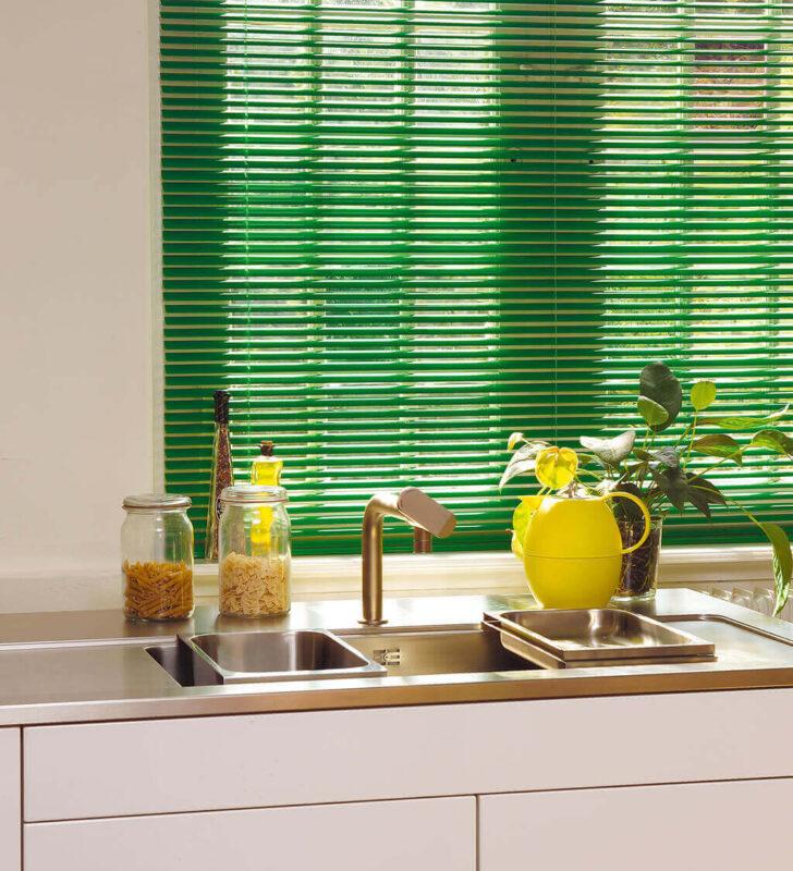 Medium Size of Küche Fenster Veka Preise Rollo Velux Kaufen Gardinen Für Fototapete Unterschrank Sichtschutz Holz Alu Abus Industriedesign Hochglanz Grau Schallschutz Wohnzimmer Küche Fenster