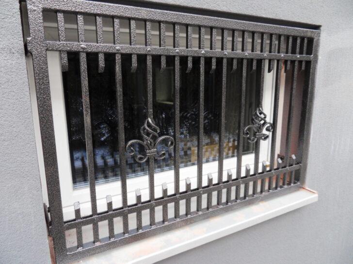 Medium Size of Fenstergitter Einbruchschutz Modern Fenster Schutz Gelaender Bett Design Wohnzimmer Bilder Modernes Küche Weiss Tapete Moderne Deckenleuchte Sofa Holz Wohnzimmer Fenstergitter Einbruchschutz Modern