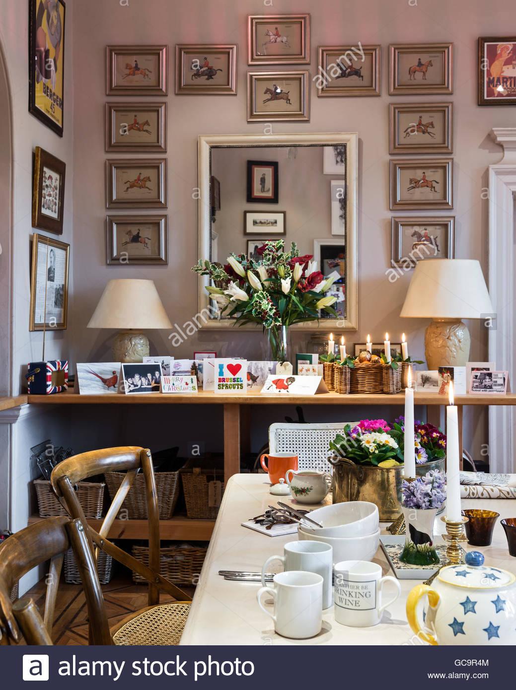Full Size of Beistelltisch Für Küche Weihnachtskarten Und Lilien Auf In Kche Der Wandverkleidung Einrichten Schneidemaschine Sideboard Mit Arbeitsplatte Tapeten Sitzbank Wohnzimmer Beistelltisch Für Küche
