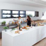 Holzküche Auffrischen Schn Und Praktisch Das Magazin Von Blum Fr Praktische Kchen Massivholzküche Vollholzküche Wohnzimmer Holzküche Auffrischen