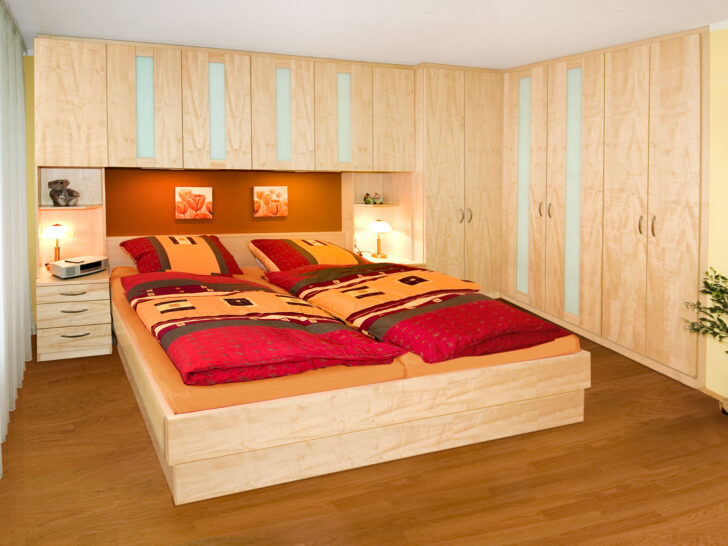 Medium Size of überbau Schlafzimmer Modern Massivholz Gardinen Für Modernes Sofa Rauch Teppich Landhaus Esstisch Klimagerät Moderne Landhausküche Led Deckenleuchte Wohnzimmer überbau Schlafzimmer Modern