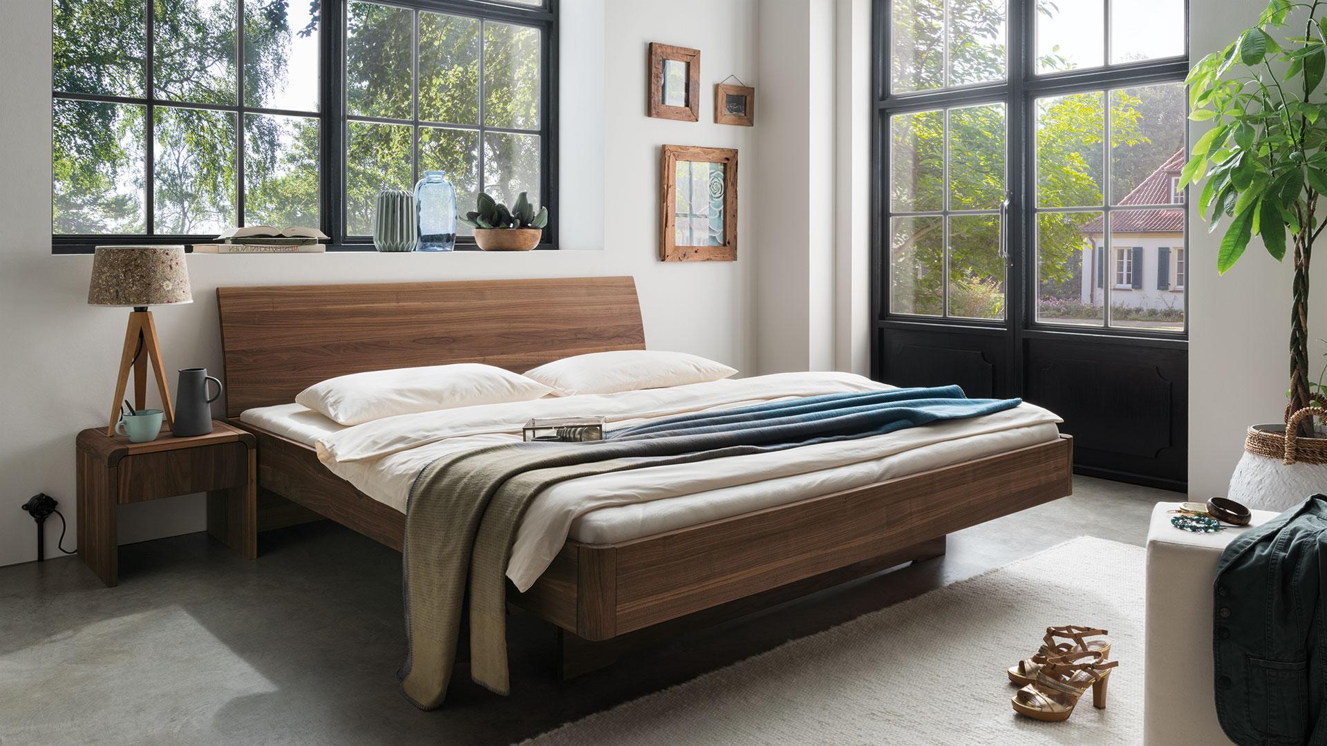 Full Size of Rückwand Bett Holz Schwebebett Nocellara Exklusives Designerbett In Vollendeter 1 40x2 00 Einzelbett Landhausstil Mit Schubladen Betten Matratze Und Wohnzimmer Rückwand Bett Holz