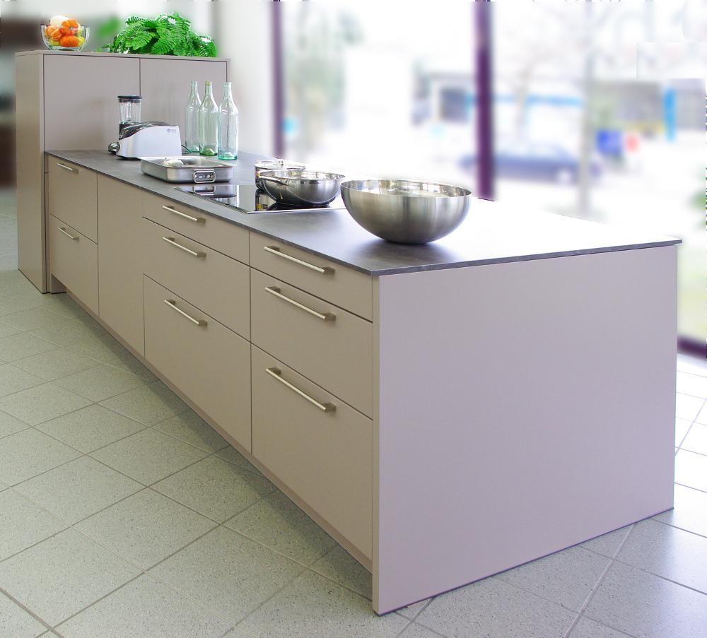 Full Size of Küchen Regal Inselküche Abverkauf Bad Wohnzimmer Bulthaup Küchen Abverkauf österreich