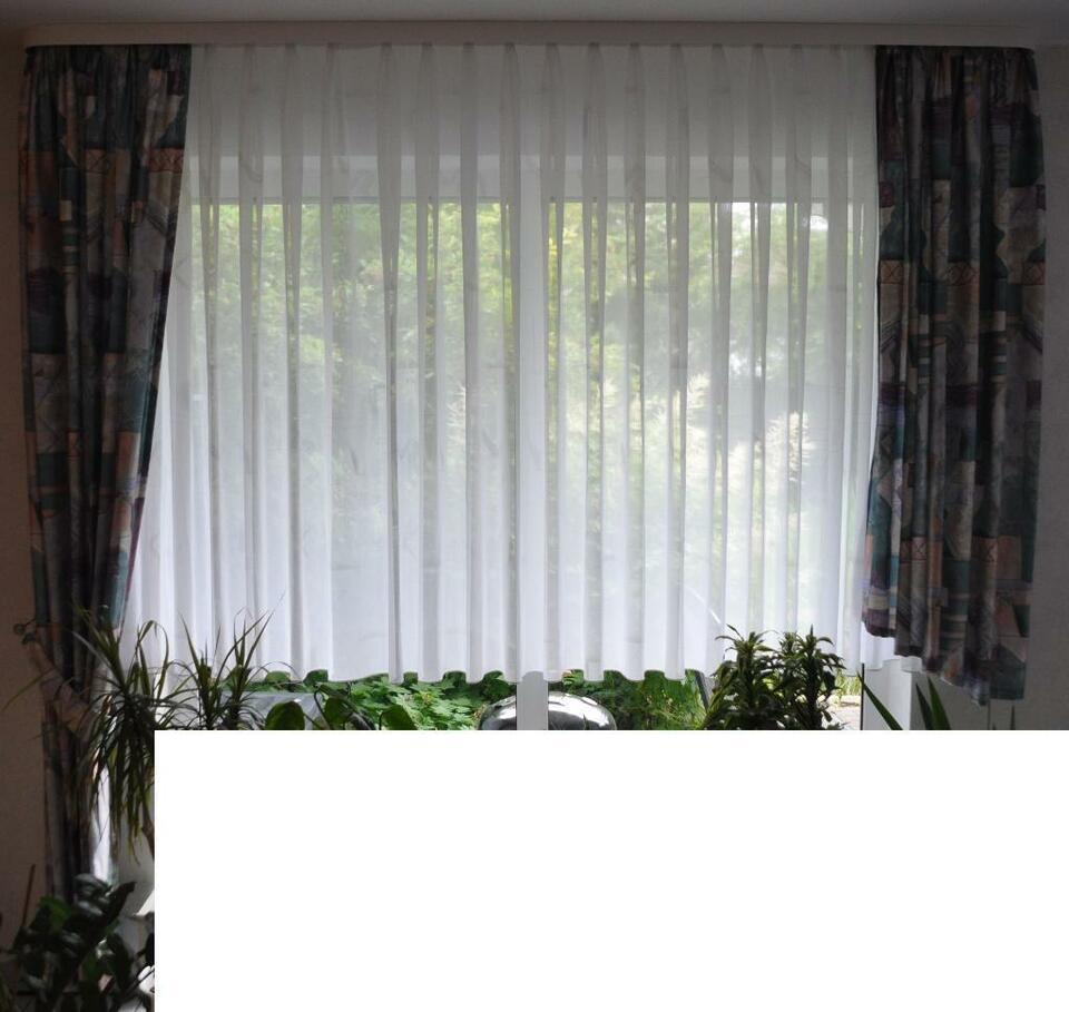 Full Size of Gardinen Doppelfenster Stores Und Bergardinen Gardinenstangen In Hessen Fenster Für Küche Die Scheibengardinen Wohnzimmer Gardinen Doppelfenster