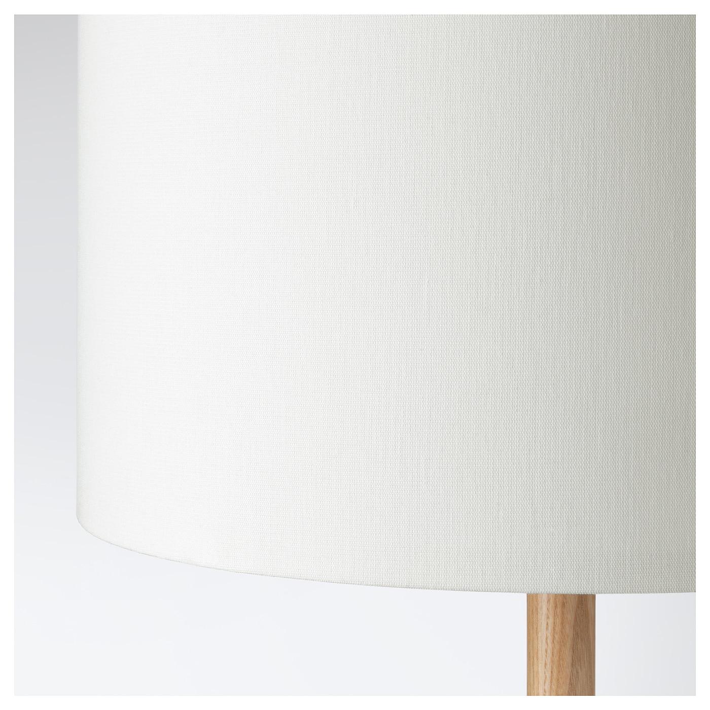 Full Size of Ikea Stehlampe Holz Lauters Standleuchte Esche Bett Massivholz Holzhaus Garten Betten Aus Küche Weiß 160x200 Spielhaus Regal Esstisch Holzplatte Stehlampen Wohnzimmer Ikea Stehlampe Holz