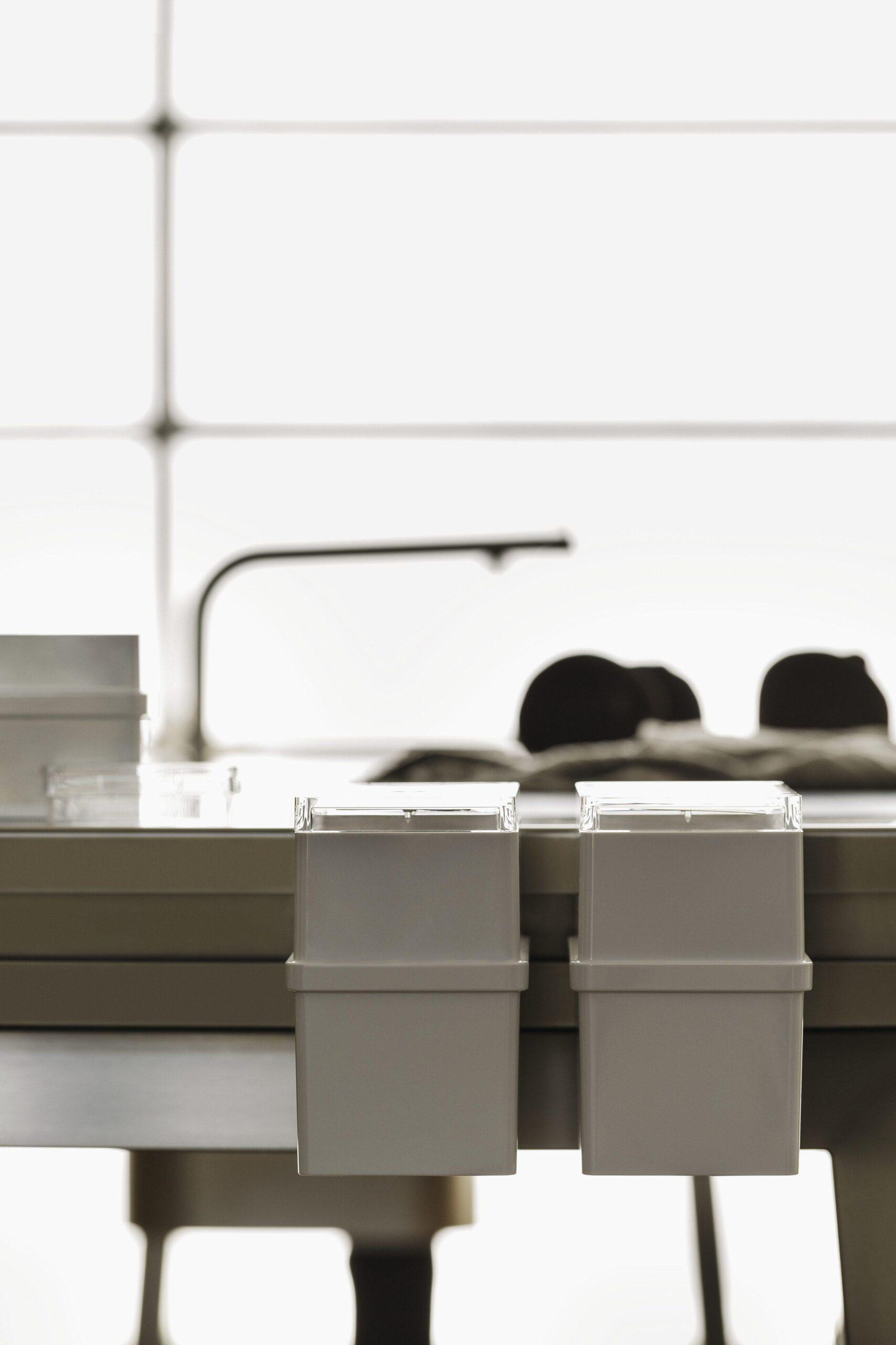 Full Size of Bulthaup B2 Aufbewahrungsbehlter An Der Kchenwe Küchen Regal Aufbewahrungsbehälter Küche Wohnzimmer Küchen Aufbewahrungsbehälter