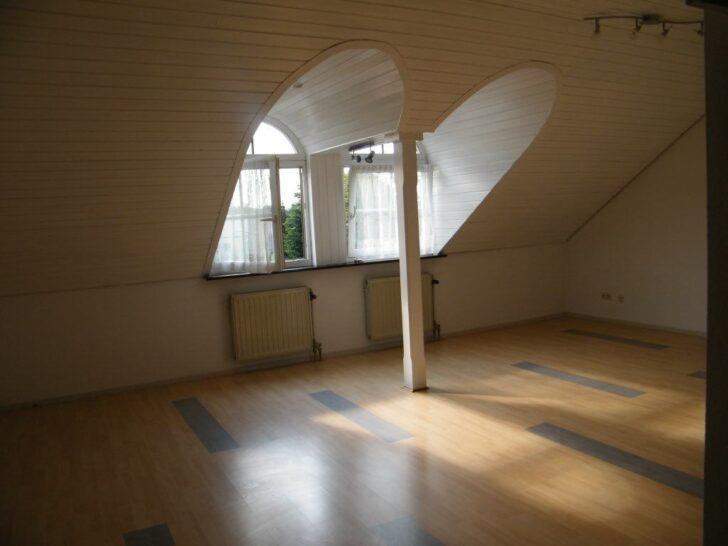 Medium Size of Dachgeschosswohnung Einrichten 1 Zimmer Wohnung Zu Vermieten Kleine Küche Badezimmer Wohnzimmer Dachgeschosswohnung Einrichten