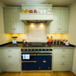 Kleine Küche Planen 8 Einbauküche Mit E Geräten Holz Weiß Single Singleküche Aufbewahrungsbehälter Kreidetafel Griffe Sonoma Eiche Kleines Sofa Wohnzimmer Kleine Küche Planen