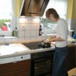 Küchen Roller Sowas Gibts Nicht Doch Bei Der Tgliche Wahnsinn Regal Regale Wohnzimmer Küchen Roller