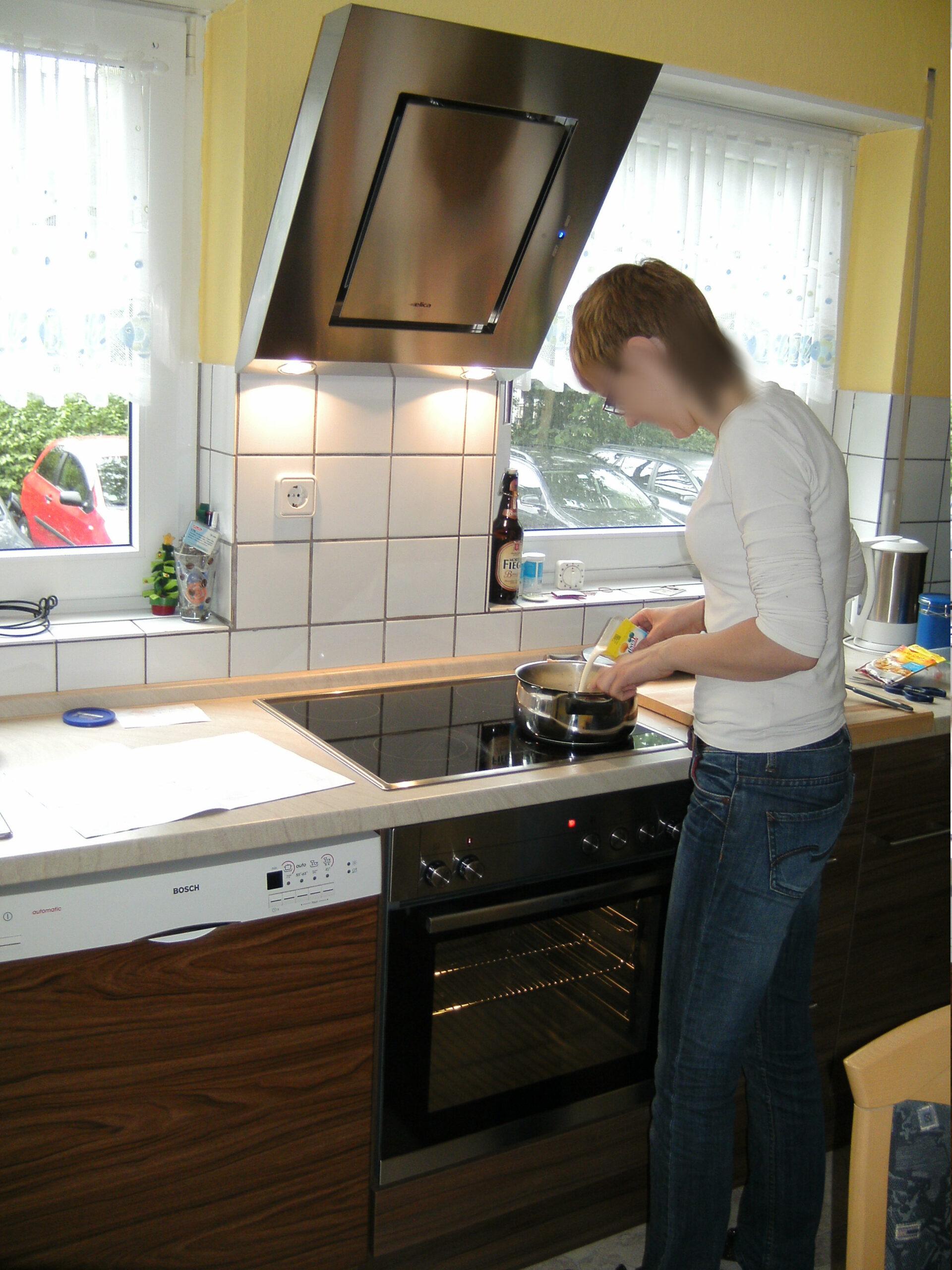 Full Size of Küchen Roller Sowas Gibts Nicht Doch Bei Der Tgliche Wahnsinn Regal Regale Wohnzimmer Küchen Roller