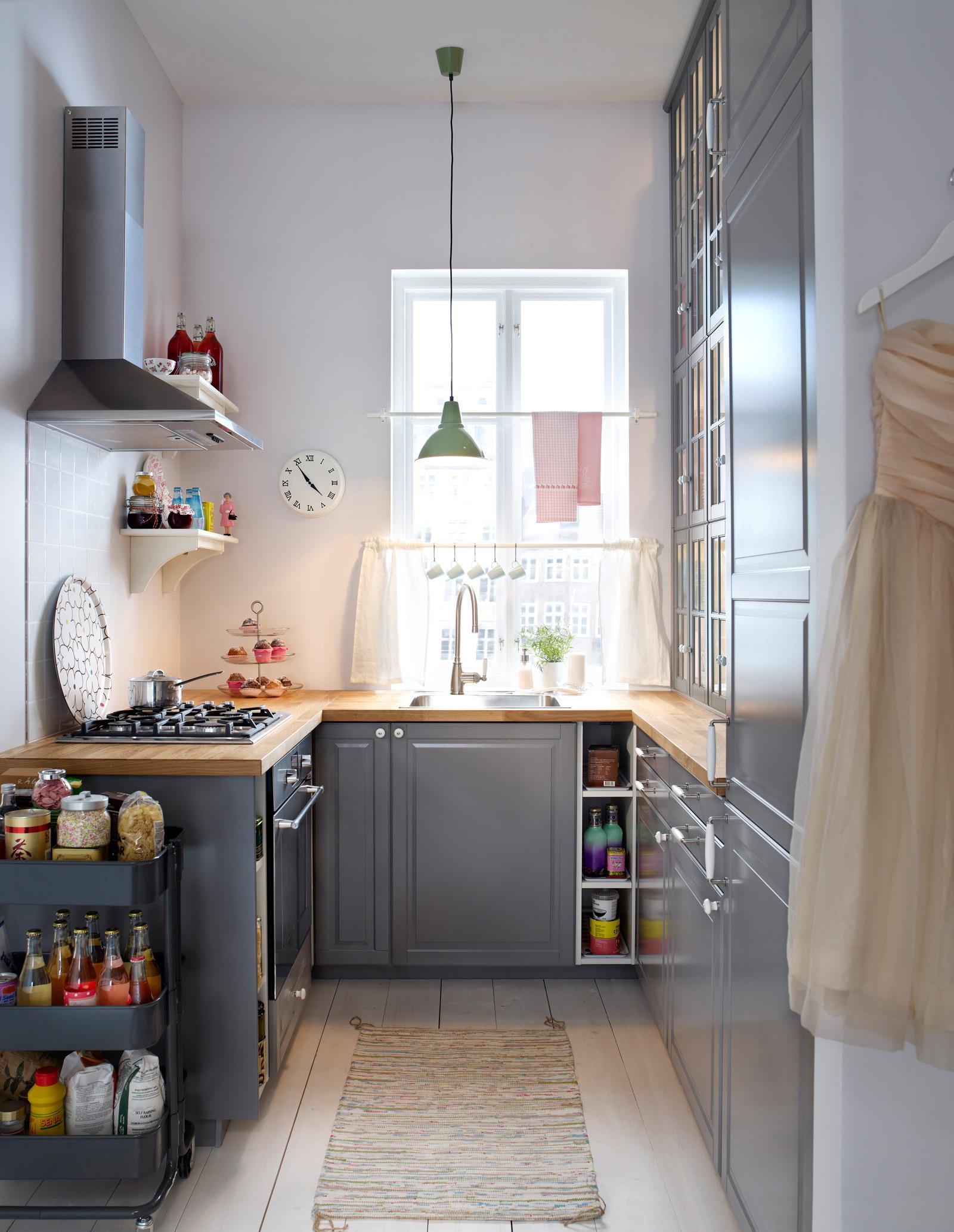Full Size of Stauraum In Der Kleinen Kche Teppich Aufbewahrung Lüftung Küche Gardinen Armaturen Deckenleuchten Miniküche Mit Kühlschrank Lieferzeit Schmales Regal Wohnzimmer Teppich Küche Ikea