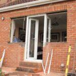 Fensterfugen Erneuern Von Tren Und Fenster Zu Einem Bungalow Lizenzfreie Fotos Bad Kosten Wohnzimmer Fensterfugen Erneuern