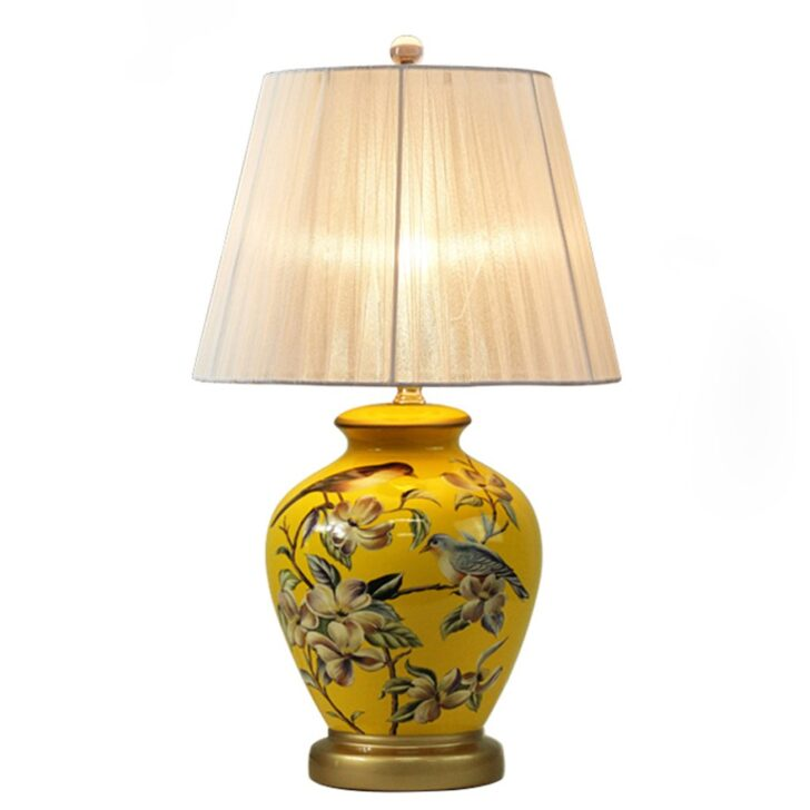 Medium Size of Tischlampe Wohnzimmer Holz Dimmbar Amazon Lampe Designer Tischlampen Modern Led Ebay Ikea Europische Art Einfache Tischlafzimmer Nachttischlampe Landhausstil Wohnzimmer Wohnzimmer Tischlampe