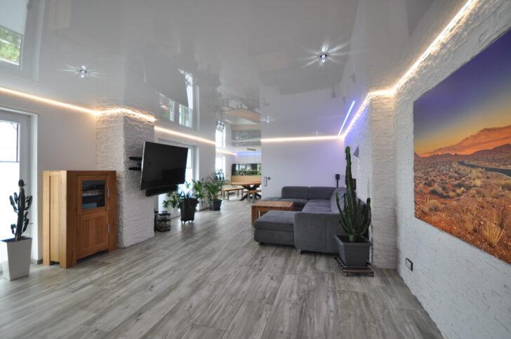 Medium Size of Wohnzimmer Wandbild Cbspanndecken Led Deckenleuchte Beleuchtung Schrankwand Wandbilder Schlafzimmer Deko Decke Wandtattoo Stehlampe Gardine Deckenleuchten Wohnzimmer Wohnzimmer Wandbild