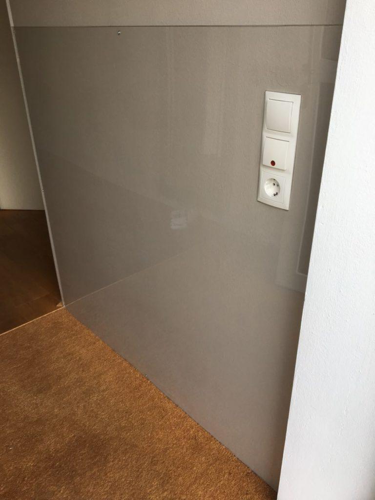 Full Size of Fliesenspiegel Modern Wandverkleidung Aus Plexiglas Kunststoffprofi Moderne Duschen Bett Design Küche Holz Modernes Esstische Deckenleuchte Schlafzimmer Wohnzimmer Fliesenspiegel Modern