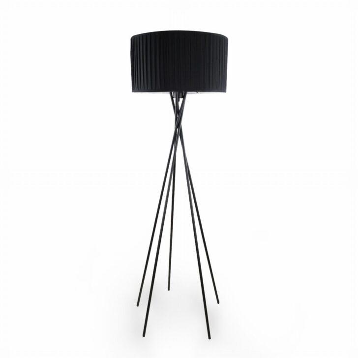 Medium Size of Wohnzimmer Stehlampe Modern Design Lampe Das Beleuchten Vorhänge Gardinen Für Tapete Küche Moderne Bilder Fürs Deckenleuchte Deckenlampen Poster Indirekte Wohnzimmer Wohnzimmer Stehlampe Modern