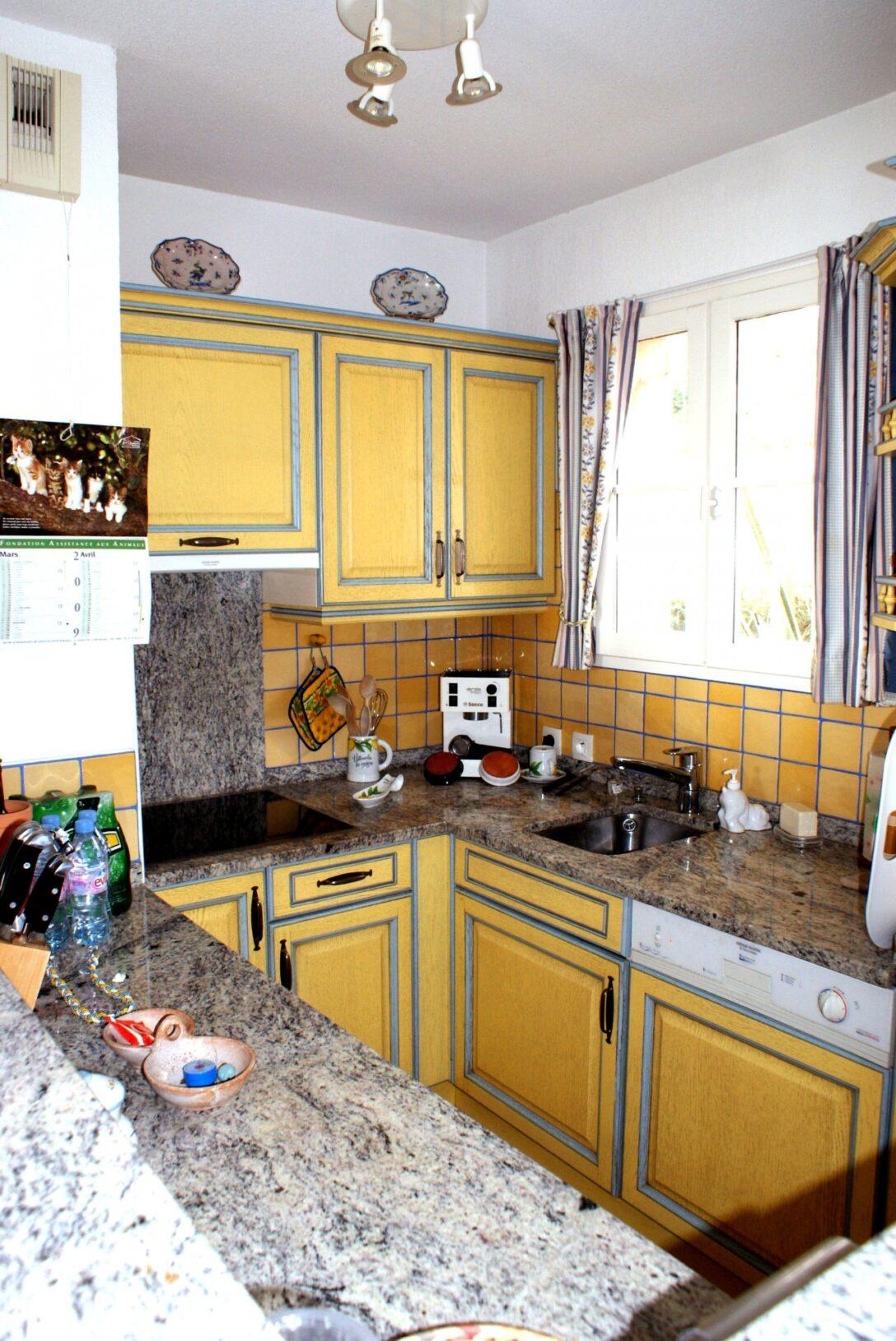 Large Size of Amerikanische Outdoor Küchen 2 Zimmer 4 Personen Kche Mit Spl Und Regal Küche Kaufen Amerikanisches Bett Edelstahl Betten Wohnzimmer Amerikanische Outdoor Küchen