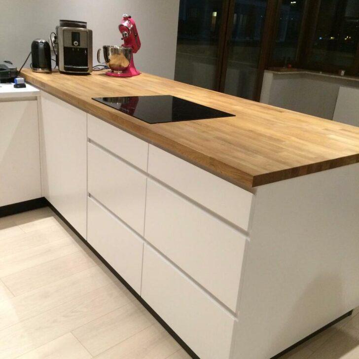 Medium Size of Kche Einbaukche Wohnzimmer Küchenmöbel