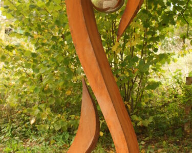 Gartenskulpturen Holz Wohnzimmer Gartenskulpturen Holz Garten Skulpturen Modern Stein Metall Esstisch Holzplatte Bett Massivholz 180x200 Regal Regale Vollholzküche Loungemöbel Schlafzimmer