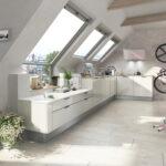 Dachgeschosswohnung Einrichten Kleine Beispiele Schlafzimmer Ideen Pinterest Tipps Ikea Bilder Wohnzimmer Kche Mit Dachschrge Planen Fr Einbaukchen Im Küche Wohnzimmer Dachgeschosswohnung Einrichten