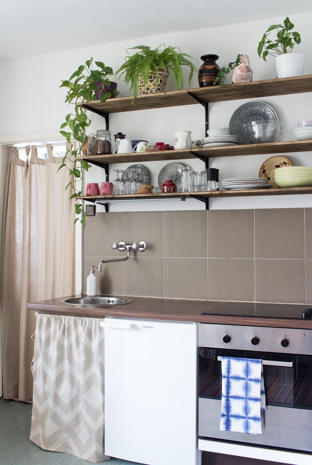 Full Size of Wanddeko Küche Modern Granitplatten Moderne Landhausküche Buche Magnettafel Komplettküche Tapete Ohne Geräte Wandpaneel Glas Wasserhähne Pino Wohnzimmer Wanddeko Küche Modern