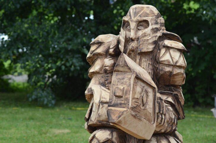 Medium Size of Gartenskulpturen Holz Kaufen Aus Gartenskulptur Stein Skulpturen Selber Machen Garten Und Glas Holzregal Badezimmer Esstisch Massiv Massivholz Holzhaus Wohnzimmer Gartenskulpturen Holz