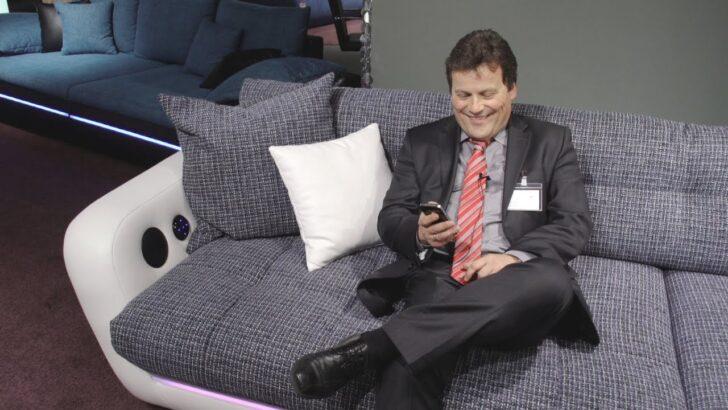Medium Size of Sofa Mit Eingebauten Lautsprechern Couch Musikboxen Lautsprecher Und Led Licht Integriertem Big Bluetooth Poco Trendline Trendsetter Multimedia Farbiger Wohnzimmer Sofa Mit Musikboxen