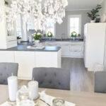 Landhausküche Einrichten Wohnzimmer Landhausküche Einrichten Kche Wei Helle Mit Schwarz Fliesen Und Badezimmer Weisse Kleine Küche Weiß Grau Gebraucht Moderne