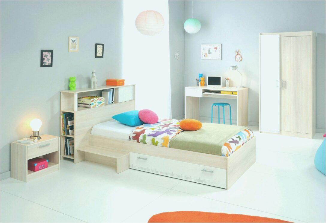Wandgestaltung Kinderzimmer Jungen Junge Und Mdchen Regal Weiß Sofa Regale