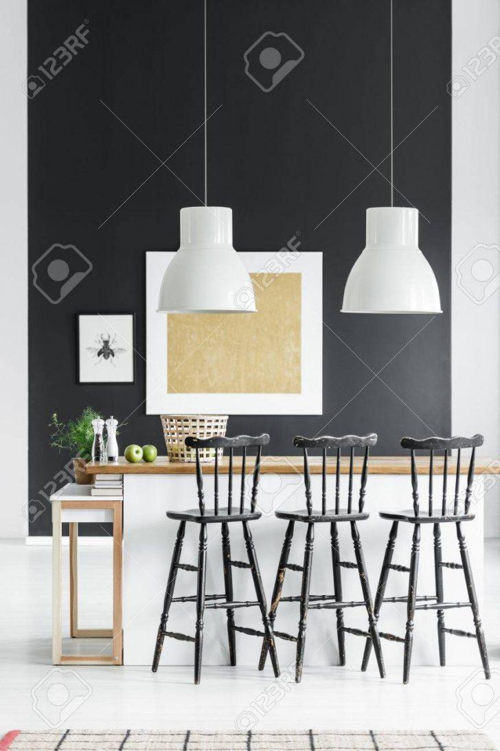 Lampen Für Küche Weie Ber Countertop Mit Schwarzen Barhockern In Kche Anrichte Treteimer Was Kostet Eine Neue Spielküche Esstisch Planen Kostenlos Wohnzimmer Lampen Für Küche