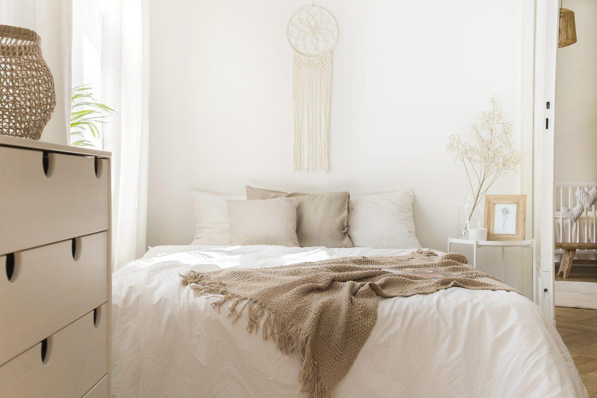 Full Size of Decke Gestalten Kleines Schlafzimmer Einrichten 20 Einrichtungsideen Tricks Wohnzimmer Bad Neu Badezimmer Deckenlampe Decken Moderne Deckenleuchte Deckenlampen Wohnzimmer Decke Gestalten