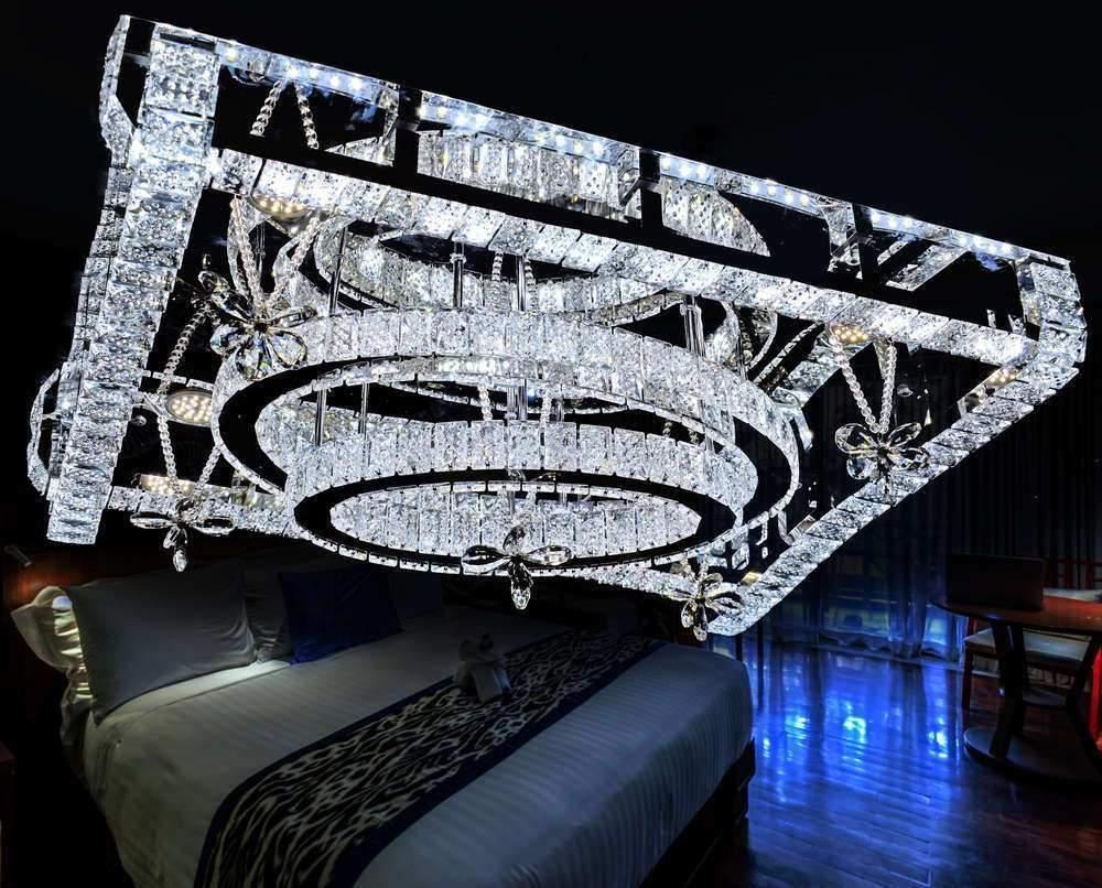 Full Size of Led Leuchten Wohnzimmer Neu Deckenlampe Großes Bild Deckenleuchte Bad Vorhänge Lampe Schrankwand Stehlampe Liege Schrank Gardinen Deko Tapeten Ideen Kommode Wohnzimmer Wohnzimmer Deckenlampe Led