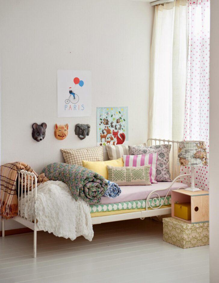 Medium Size of Halbhohes Bett Mit Rutsche Ikea Schreibtisch Romantisches Kinderbett Bilder Ideen Couch Weiß Schubladen Jugendzimmer Betten Stauraum Matratze Und Lattenrost Wohnzimmer Halbhohes Bett Ikea