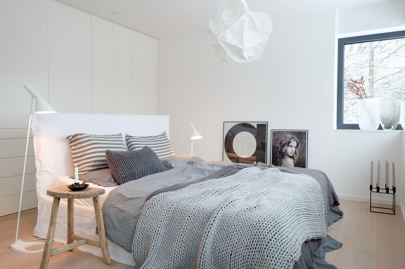 Full Size of überbau Schlafzimmer Modern Skandinavische Komplett Günstig Regal Rauch Deckenleuchte Landhaus Teppich Modernes Bett 180x200 Set Klimagerät Für Romantische Wohnzimmer überbau Schlafzimmer Modern